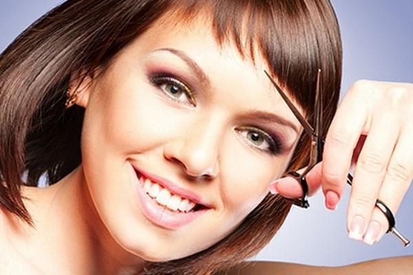 Виды стрижек на средние волосы. Фото модных женских стрижек, вид спереди, сзади на прямые, вьющиеся волосы