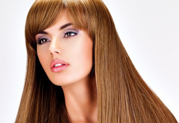 Cтрижки на длинные волосы с челкой. Красивые женские прически для овального, круглого лица, кому за 30. Фото