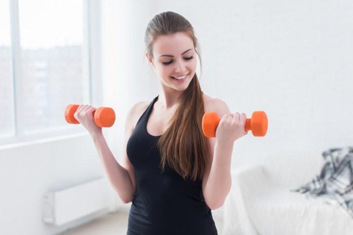 Тренировки для девушек для здоровья и похудения в домашних условиях. Жиросжигание, на рельеф, бедра и ягодицы