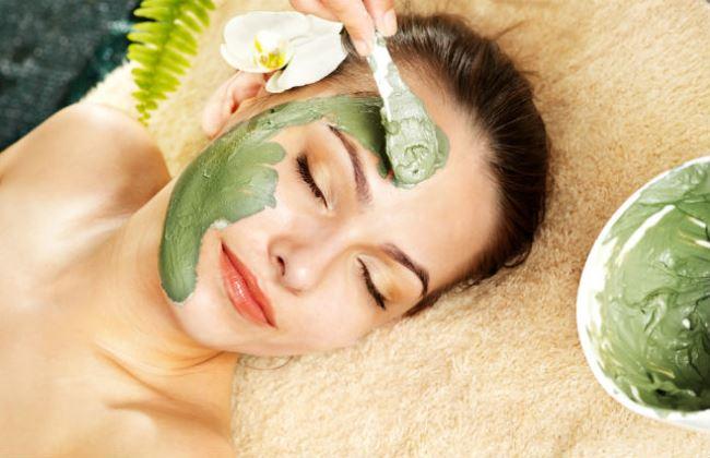 Причины и лечение кожи лица, если шелушится, облезает, краснеет пятнами, сохнет, чешется, зудит