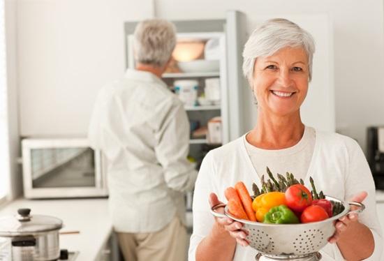 Лучшие витаминные комплексы для красоты и здоровья женщин после 40, 50, 60 лет