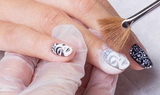 Матовый маникюр на короткие ногти гель лаком. Модные тенденции 2019, новинки дизайна. Фото