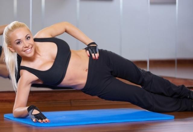 Упражнения для позвоночника и шеи, суставов, поясницы, осанки, укрепления мышц спины в домашних условиях