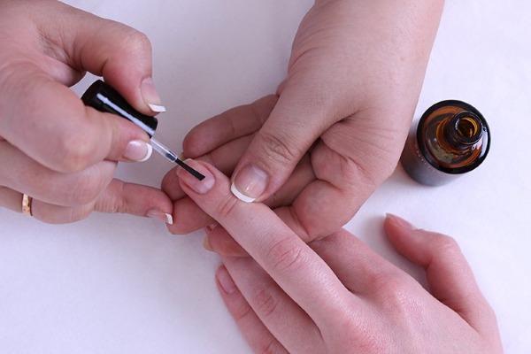 Дегидратор для ногтей - что это, какой лучше, как использовать, состав средства, цена, чем можно заменить