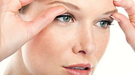 Как быстро избавиться от морщин вокруг глаз. Рецепты ухода за кожей в домашних условиях