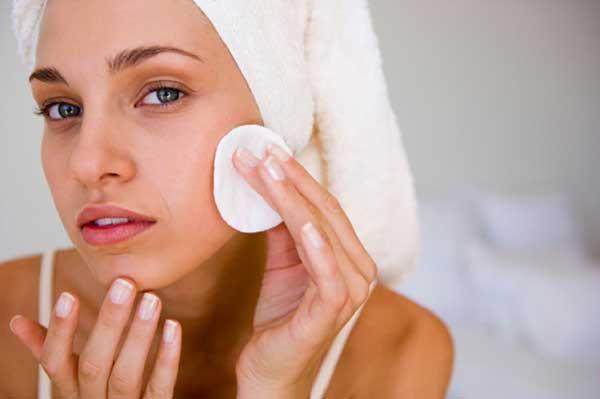 Куриозин. Инструкция по применению мази для лица в косметологии от морщин, эффективность, цена геля, отзывы