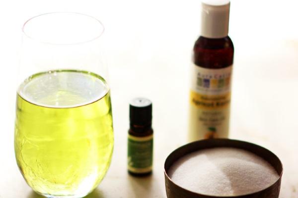 Масло виноградных косточек. Свойства и рецепты применения в косметологии и народной медицине