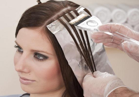 Красивое мелирование на темные волосы: короткие, средние, длинные. Как выгдядит, кому подходит, как сделать пошагово. Фото