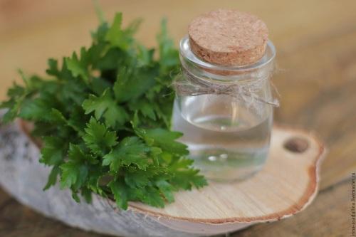 Лосьон для лица увлажняющий, очищающий, для сухой кожи, спиртовой и без спирта. Как приготовить в домашних условиях