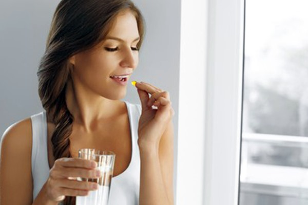 Витамин Е для чего полезен женщинам, после 40, 50 лет, при планировании беременности, для профилактики. Как принимать в капсулах, инструкция. Отзывы