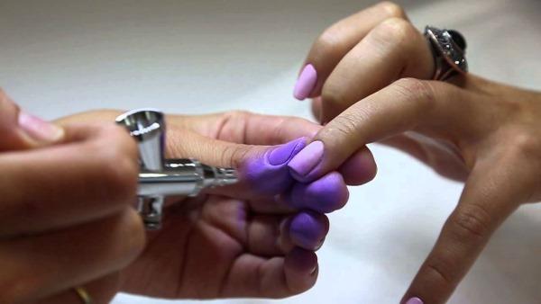 Амбре ногтей гель лаком, фото. Новинки дизайна 2020: белый, черный, красный шеллак на короткие, длинные ногти. Мастер класс кисточкой, аэрография