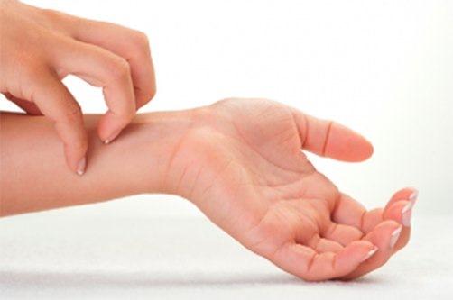 Мазь Арника. Инструкция по применению в косметологии для лица, от морщин, при лактостазе. Цена, аналоги