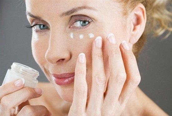 Крем для лица, шеи, кожи вокруг глаз с коллагеном и гиалуроновой кислотой: Либридерм 3д, Аевит, увлажняющий и омолаживающий, отзывы, цена