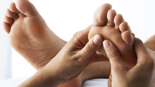 Техника массажа стопы ног: правила и видео уроки. Обучение в картинках с пояснениями: тайский, китайский, точечный