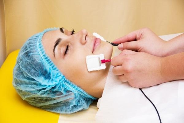 Гиалуроновая кислота для губ: фото до и после, плюсы и минусы, эффект, противопоказания. Цена процедуры и отзывы