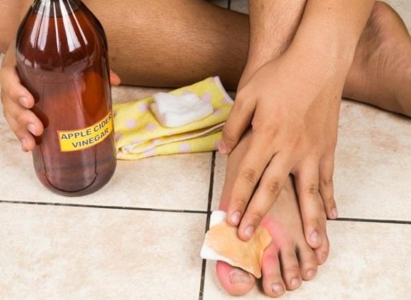 Как избавиться от раздражения после бритья в интимной зоне, ногах, подмышек. Что делать от жжения, зуда, народные средства, крема, мази