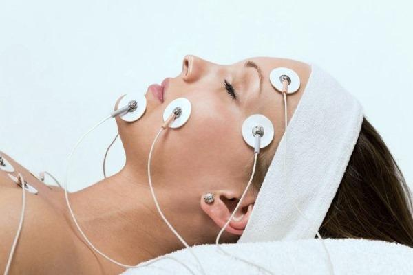 Миостимуляторы для лица и тела в косметологии. Процедуры, аппараты, противопоказания, отзывы врачей