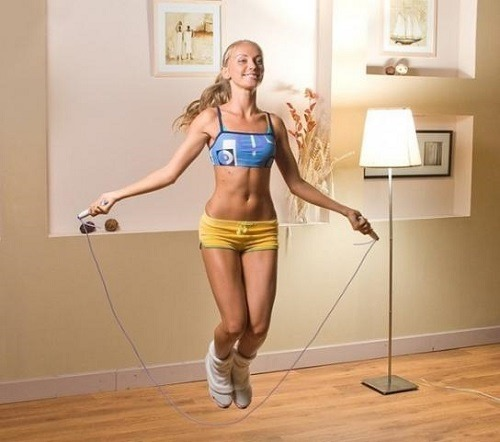 Скакалка для похудения. Как прыгать, упражнения тренировки для женщин. Отзывы и результаты