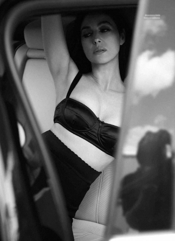 Моника Белуччи. Фото в молодости и сейчас, в купальнике, без макияжа, фотошопа. Делала ли операции