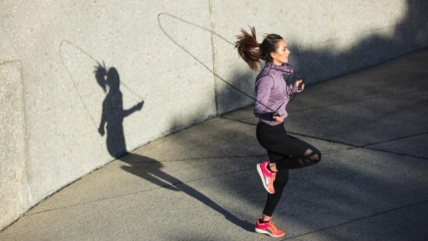 Как правильно прыгать на скакалке чтобы похудеть упражнения для похудения