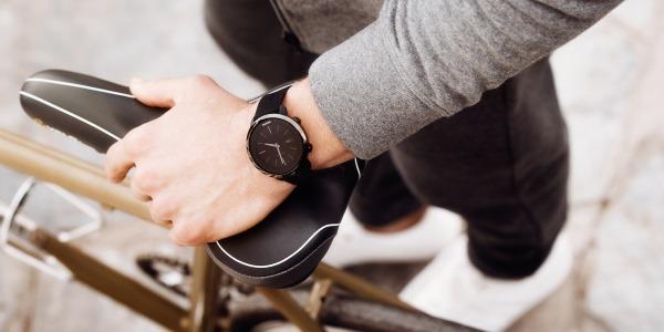 Фитнес часы с пульсометром и шагомером. Браслет с измерением давления, умные часы, водонепроницаемые. Рейтинг