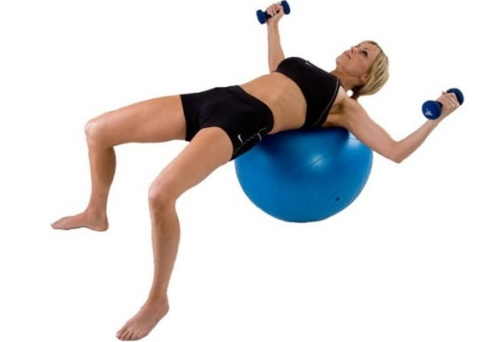 Упражнения на фитболе для похудения живота, боков, ног. Программы тренировок