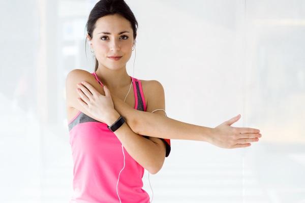 Жиросжигающие тренировки для девушек. Эффективные методики и комплексы для новичков в домашних условиях