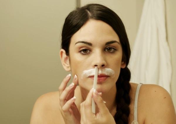 Как навсегда избавиться от волос на лице. Косметологические методы в домашних условиях