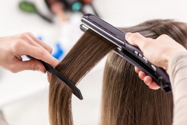 Средства для долговременного выпрямления, разглаживания волос утюжком, кератином