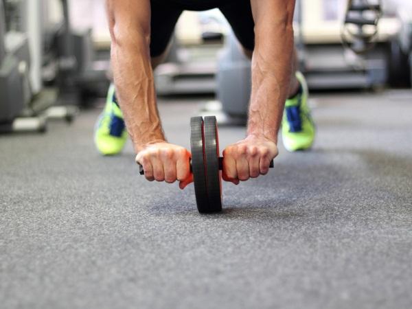 Тренажеры для похудения живота и боков в спортзале и дома. Рейтинг лучших