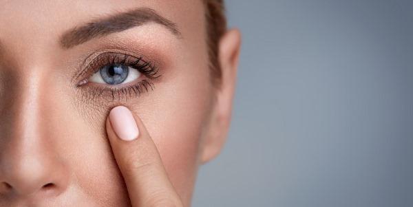 Синяки под глазами. Причины у женщин, как избавиться, лечение, от чего после 30 лет