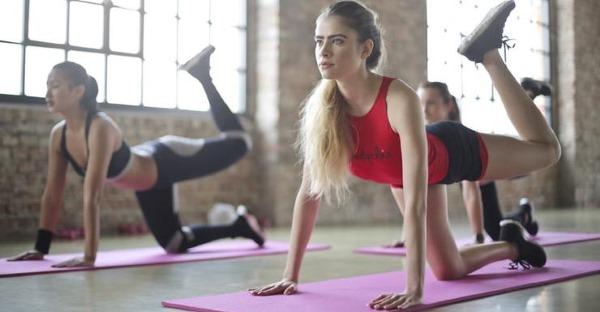Групповые занятия по фитнесу для похудения. Польза, упражнения, видео