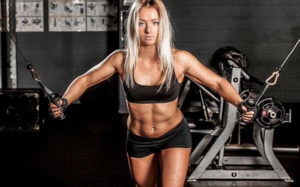 Тренажеры для грудных мышц женщинам в тренажерном зале. Фото, названия упражнений, виды