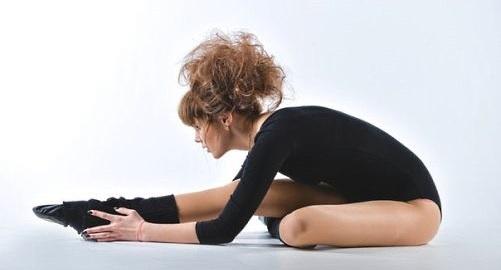 Упражнения, чтобы сесть на шпагат поперечный, продольный за неделю, месяц. Тренировки