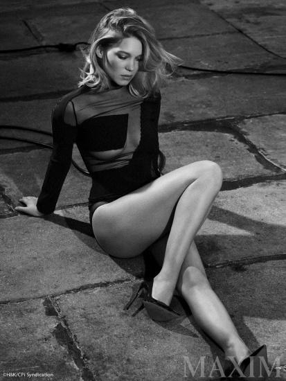 Леа Сейду. Фото горячие в купальнике, откровенные в Максим, биография, личная жизнь