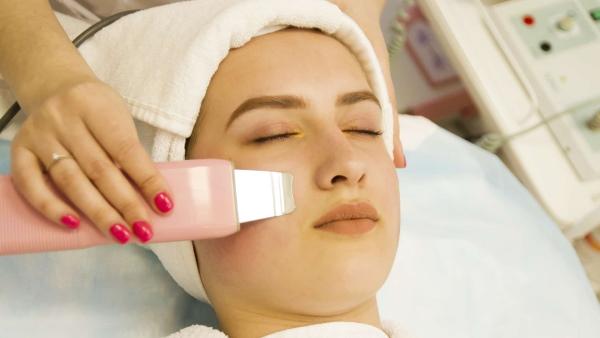 Чистка лица подростка у косметолога. Цена, отзывы
