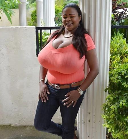 Женщины с самым большим бюстом в мире. Фото